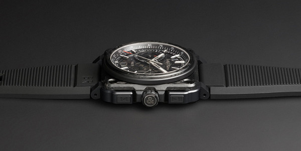 Bell and Ross X1 Carbon Forge Watch 3 600x301 Bell and Ross X1 Carbon Forge Watch is Aircraft Grade Awesome