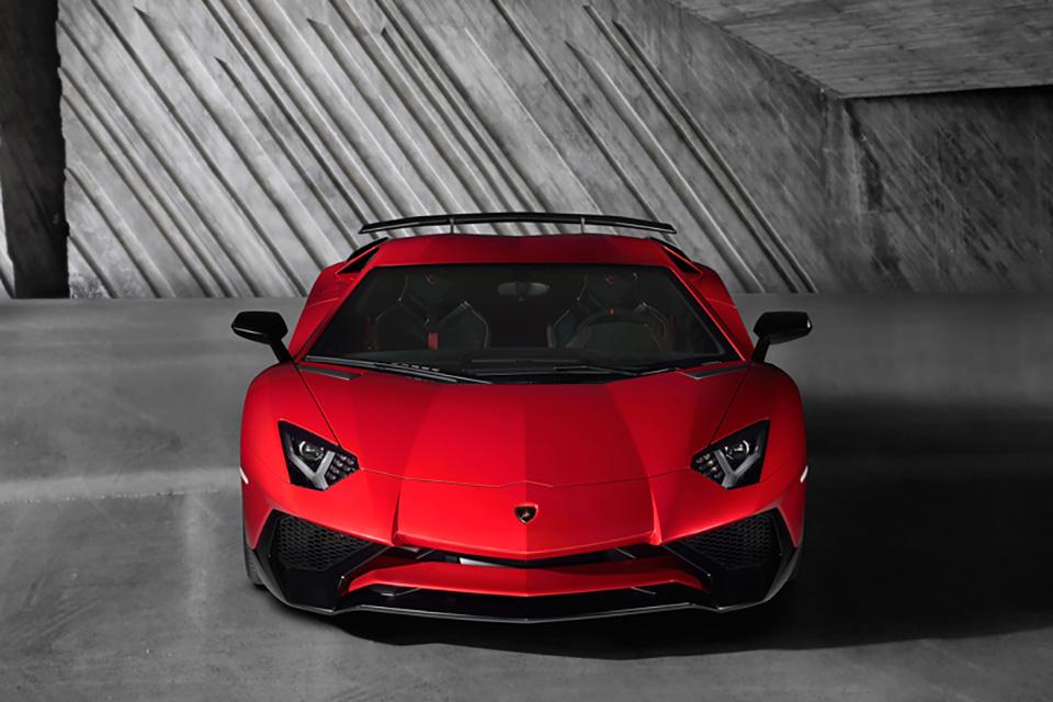 Lamborghini Aventador LP 750-4 Superveloce 5
