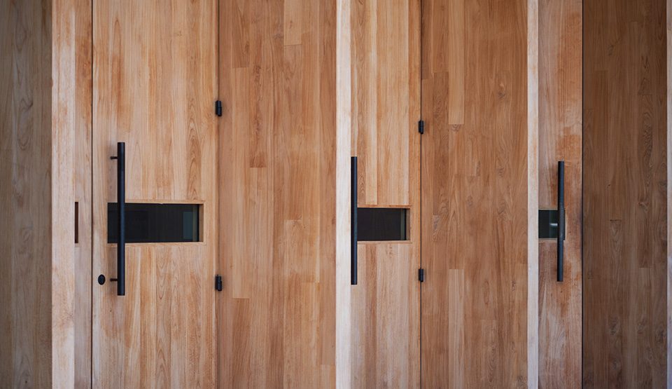 PAMM—doors-angle