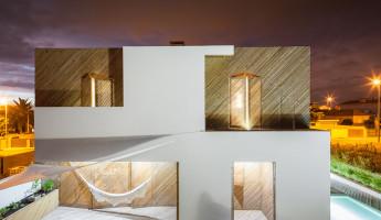 SilverWoodHouse by Ernesto Pereira - Photography by João Morgado 15
