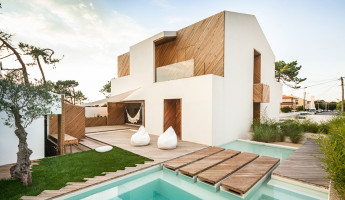SilverWoodHouse by Ernesto Pereira - Photography by João Morgado 5