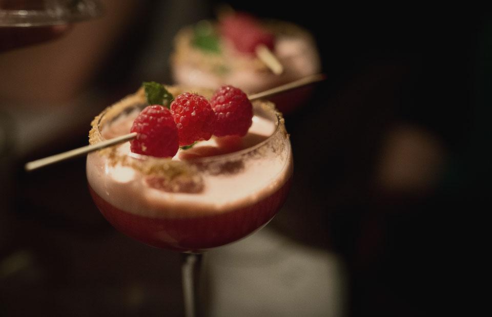 Vintage-Cocktail-Club—Raspberry-Jameson-Cocktail