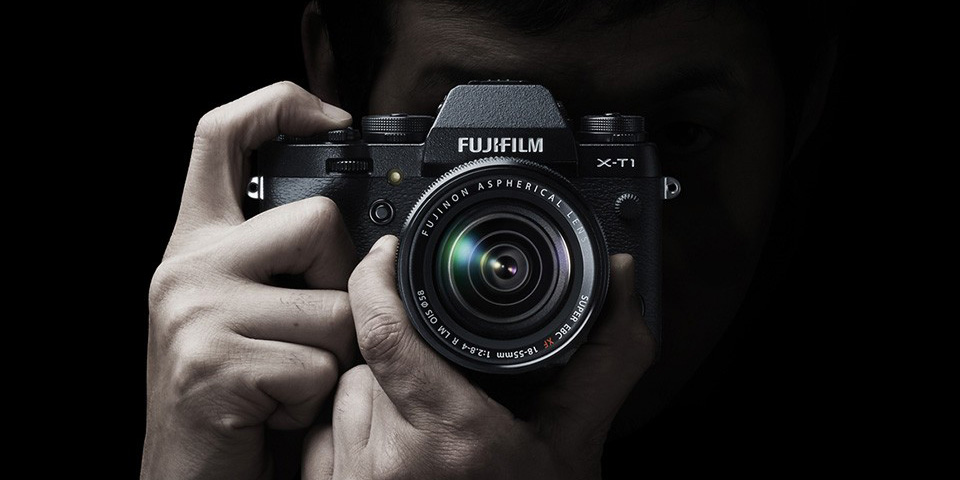 best travel cameras 2015 - fujifilm hero