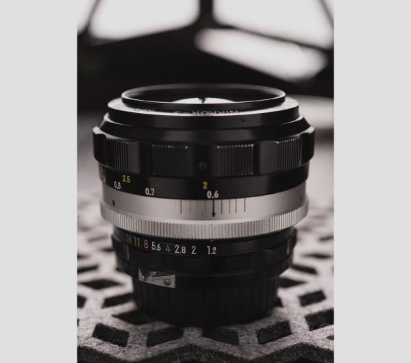 Nikkor 55mm f1point2 3 600x530 Lensbaby Velvet 56 Lens Resurrects some of Photographic Historys Greatest Lenses