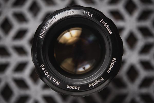 Nikkor 55mm f1point2 4 600x403 Lensbaby Velvet 56 Lens Resurrects some of Photographic Historys Greatest Lenses