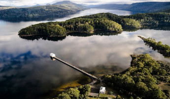 Pumphouse Point Wilderness Retreat by Cumulus Studio 1