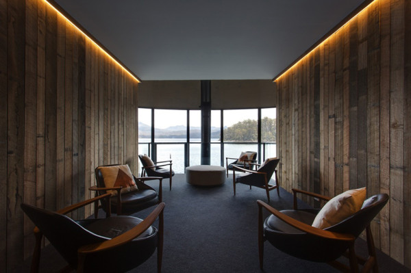 Pumphouse Point Wilderness Retreat by Cumulus Studio 11 600x399 This Architecture Firm Turned a Power Plant into a Stylish Boutique Hotel in the Wilderness