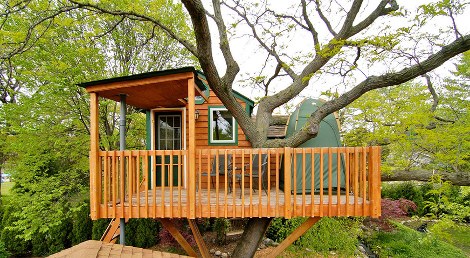 View In Gallery Airbnb Tree Houses Chicago Vacation Al Treehouse 1
