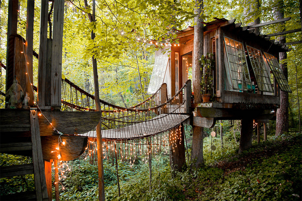 AirBNB Treehouses Atlanta Treehouse Vacation Rental 1 These 10 Awesome Airbnb Treehouses Are Yours to Rent This Summer