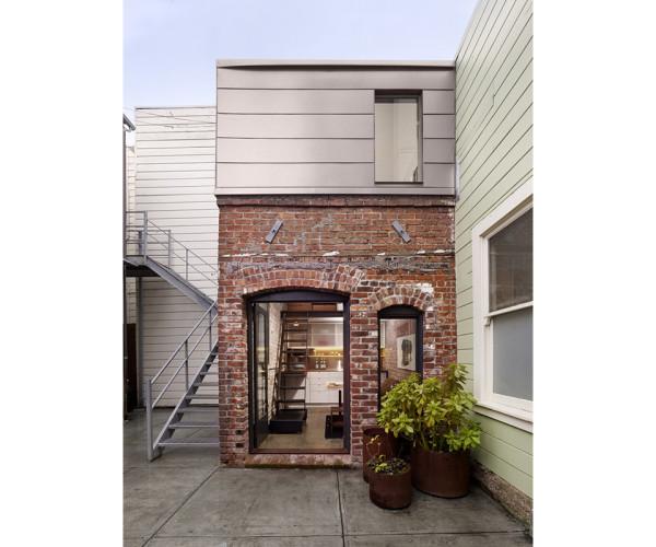 Brick House Restoration by Christi Azevedo 4