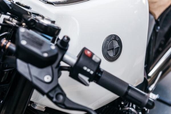 Deus Ex Machina BMW R90 - The Heinrich Manuevre 5