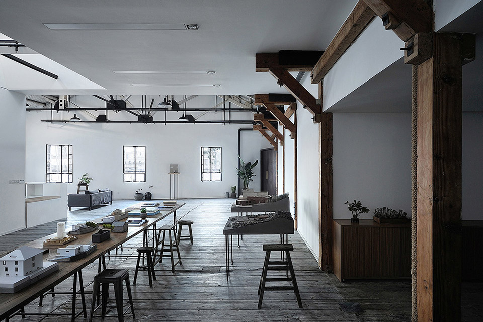 Gangsters Warehouse Office Design by NaturalBuild 2