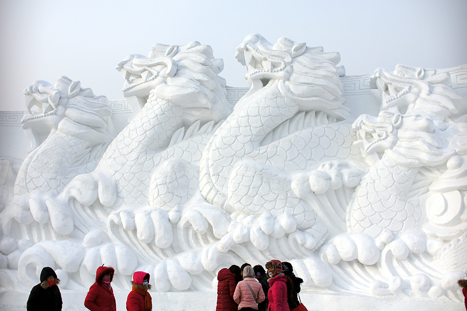 Harbin-International-Ice-and-Snow-Festival-2-by-alcyone-ath-cx-on-Flickr