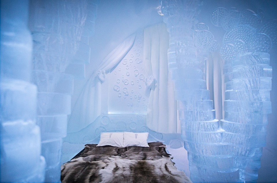 Icehotel-Ice-Hotel-Rooms-2015-2
