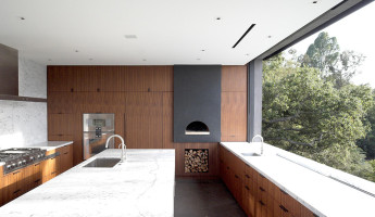 Oak Pass House by Walker Workshop (1) Noah Walker Interview