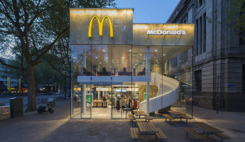 Contemporary McDonalds by Mei Architects - Photography by Jeroen Musch 1