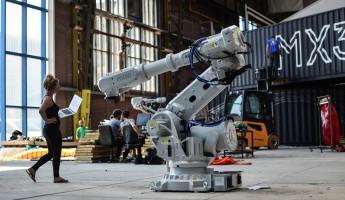 MX3D Bridge - 3D Printed Bridge Robots 1
