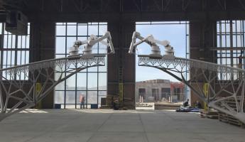 MX3D Bridge - 3D Printed Bridge Robots 2