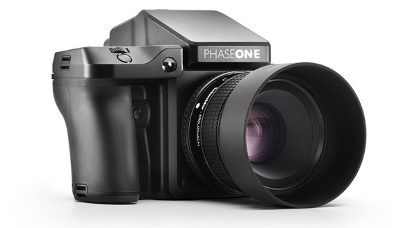 Phase One XF Camera System 4 600x329 This Beastly $50,000 Digital Camera Produces the Best Images Money Can buy