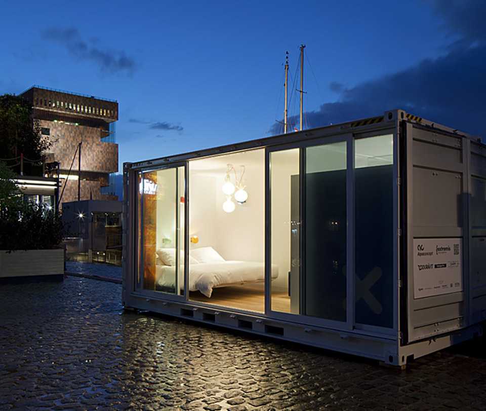 Unique Hotel Rooms – Sleeping Around Shipping Container Hotel 4