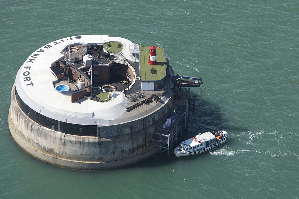 Unique Hotels – Spitbank Sea Fort Hotel 1