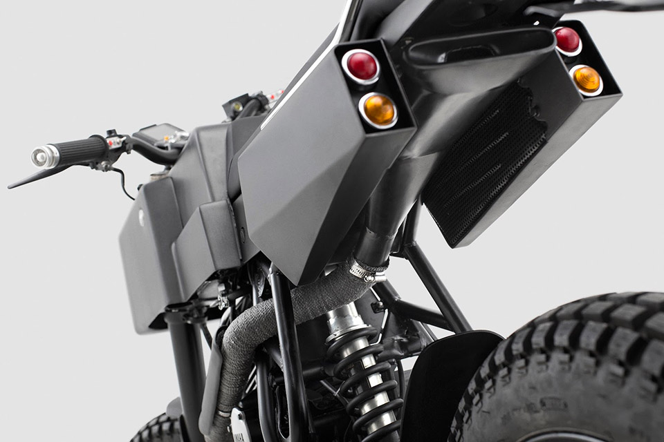 Thrive Motorcycles T005 Cross Yamaha Scorpio Custom 4