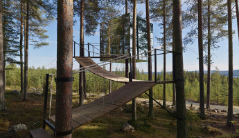 Unique Hotel - Treehotel Mirrorcube 4