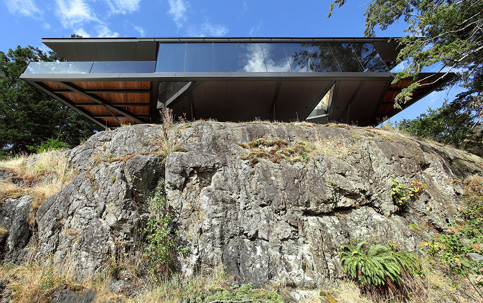 Tula House by Patkau Architects – Photo by James Dow 3