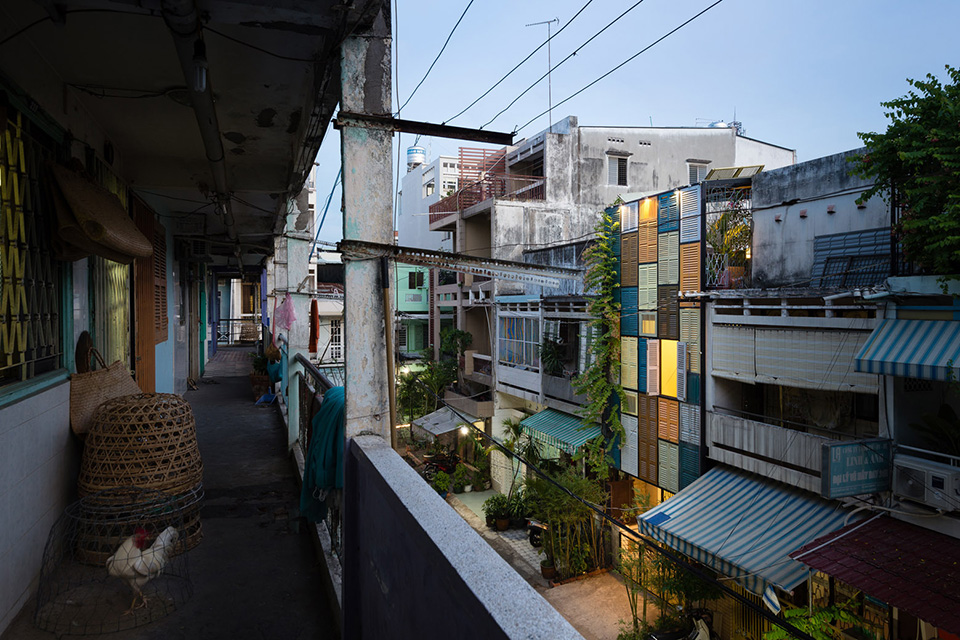 Vegan House by Block Architects Photo by Quang Tran 7 Architect Transforms a Decaying Tenement into an Upcycled Urban Paradise