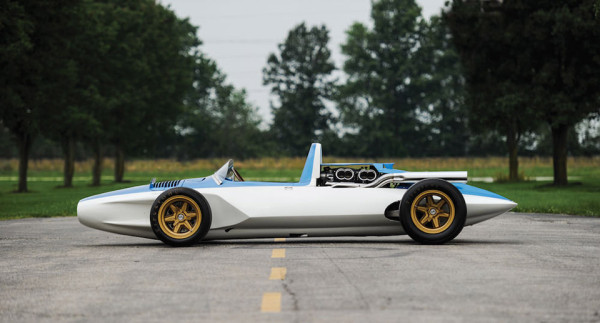 1960 Chevrolet CERV 1 1 600x323 This Unreal $2M Chevrolet is the Godfather of the Modern Corvette