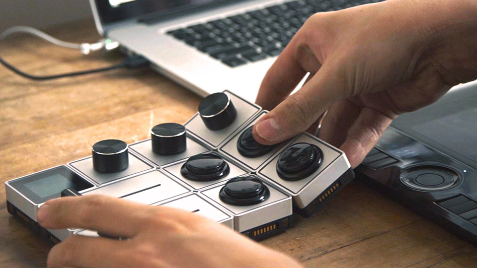 Palette Modular Control Interface Dials Knobs and Sliders for Photographers and other creatives 9 Palette is Here: The Amazing Click Killer Bringing Hands On Intimacy to Photoshop