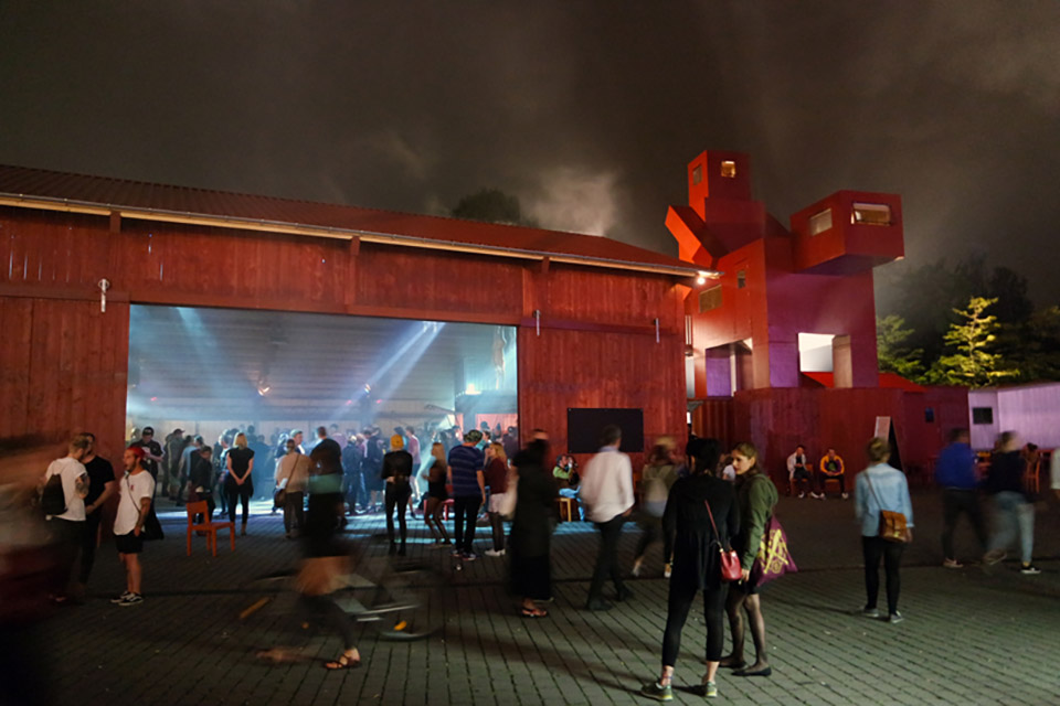 The Good The Bad The Ugly Architecture Installation by Atelier Van Lieshout – Ruhrtriennale 4