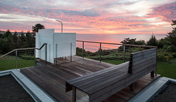 Coastal Concrete Contemporary - East House by Rose and Partners - Photography by Chuck Choi 13