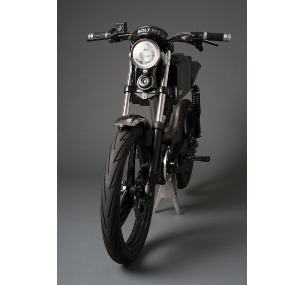 Bolt Motorbikes M1 Electric Motorcycle Moped 3 600x563 Meet the Perfect Powered Commuter Bike: the Bolt Motorbikes M1 Electric Moped