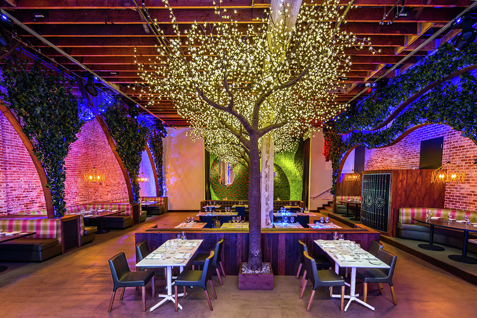 Parq - United States - Davis Ink - Image Courtesy of The Restaurant and Bar Design Awards