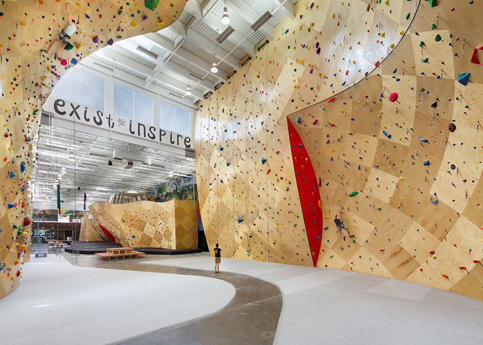 sports facility design – Brooklyn Boulders Somersville – by Arrowstreet – Photography by Ed Wonsek 1