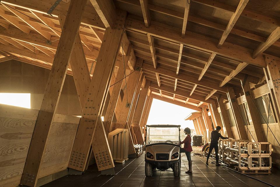 sports facility design – Equestrian Centre by Carlos Castanheira and Clara Bastai – Photography by Fernando Guerra 1