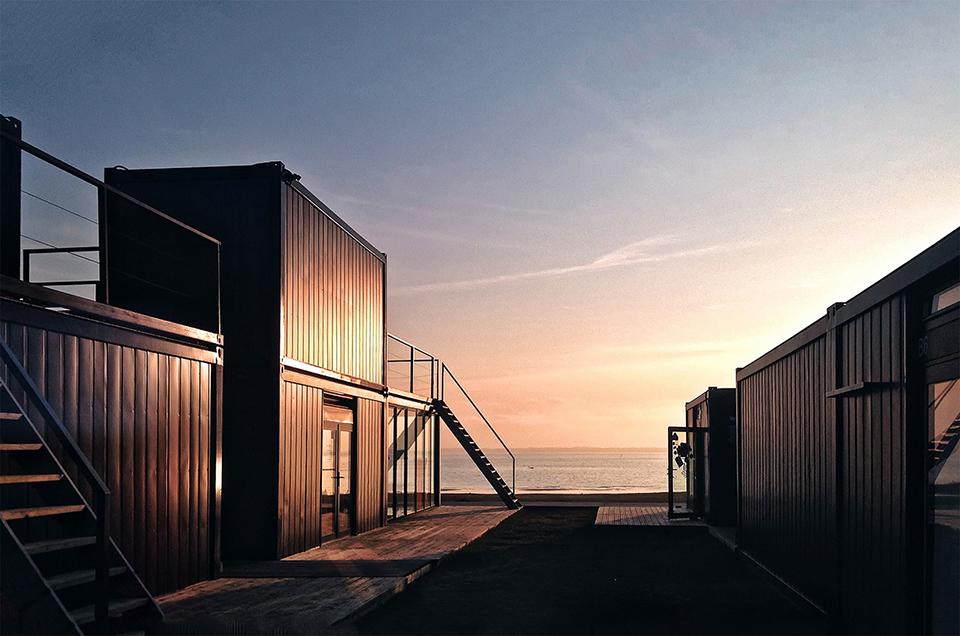 sports facility design – Svencelė Kiteboarding and Windsurfing Centre by DO Architects and Aketuri Architecktai 2