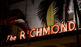 Canon 50mm f1.8 Lens - The Richmond