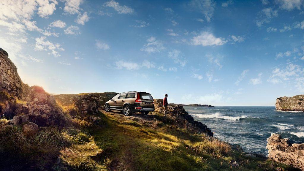 2016 Volvo XC70 – exterior