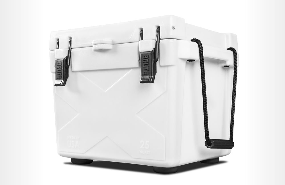 25 qt Ice Chest Cooler - Bison