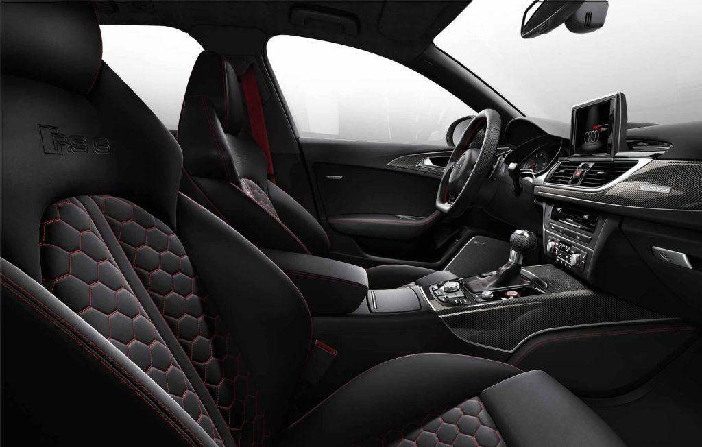 Audi RS 6 Avant – interior