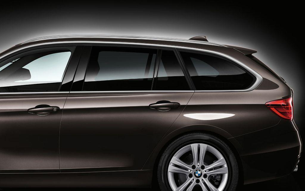 BMW 328i Sports Wagon in Sparkling Bronze Metallic
