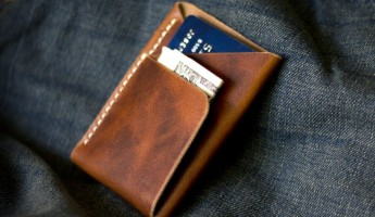 The 19 Best Minimalist Wallets for Fancy Men