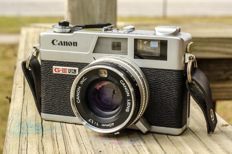 Canonet G III QL17 - vintage camera