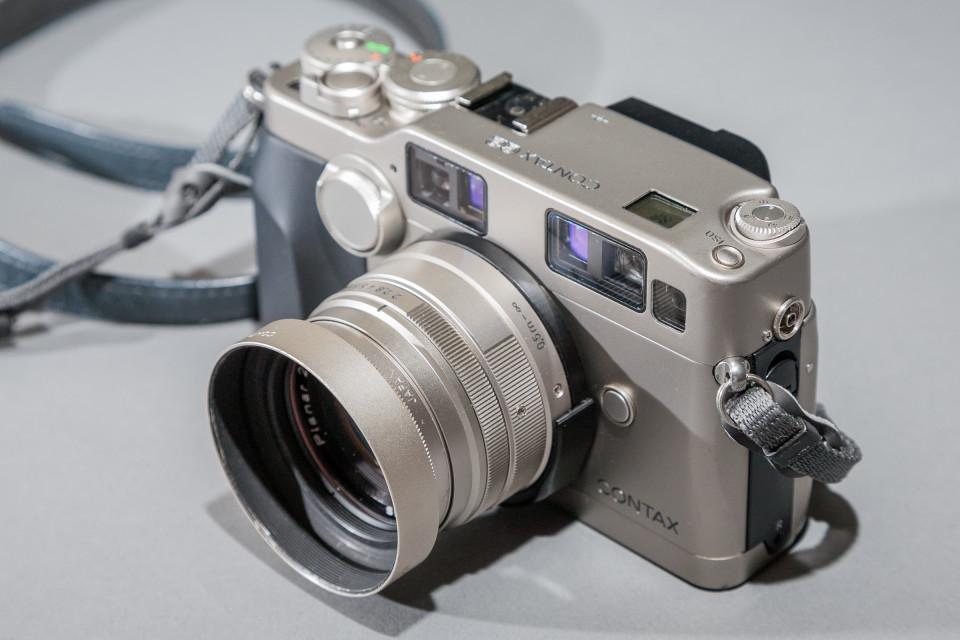 Contax G2 35mm camera