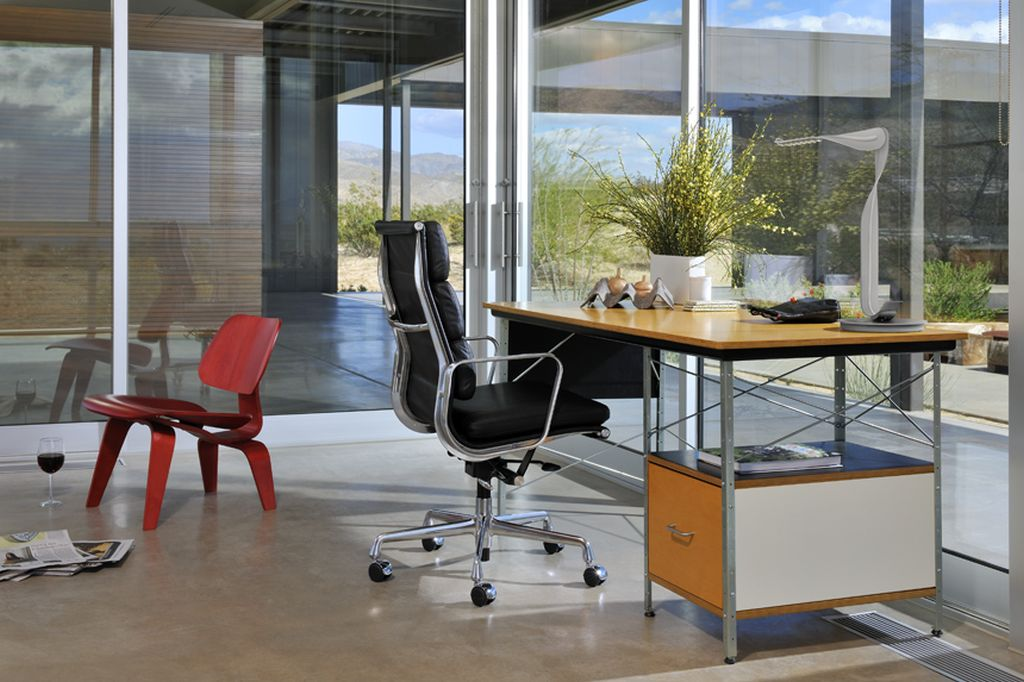 Eames Soft Pad Executive Office Chair