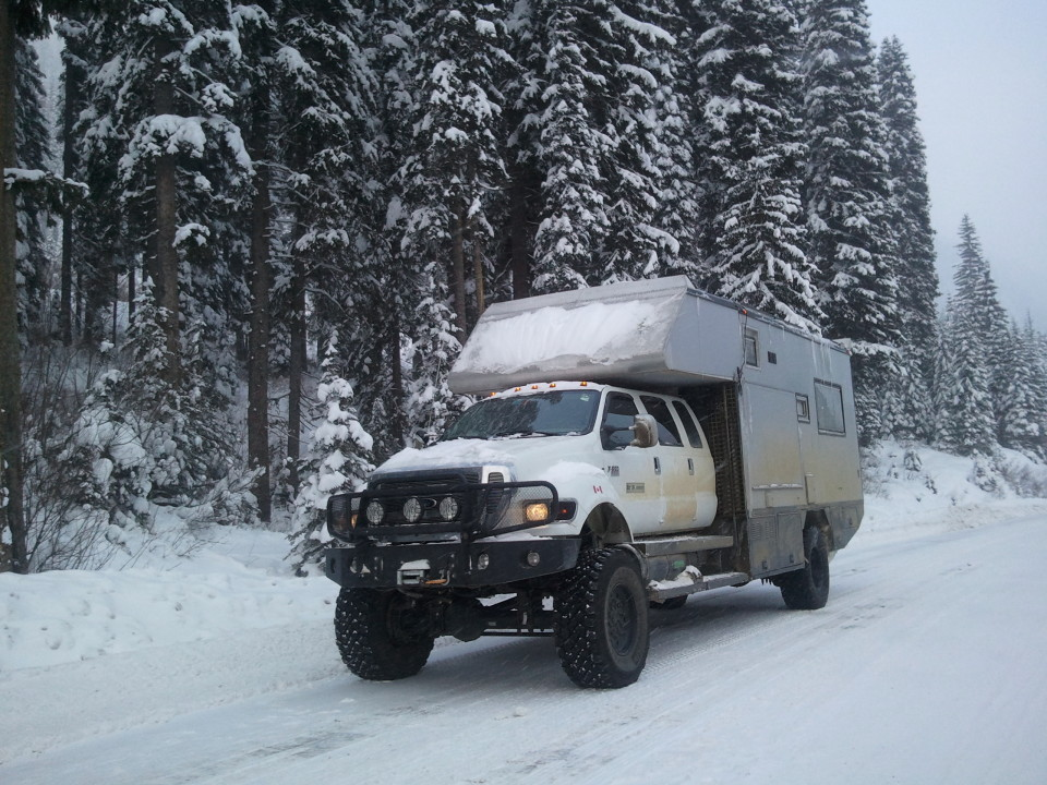 EcoRoamer survival vehicle 960x720 14 Survival Vehicles for Your End of Days Commute