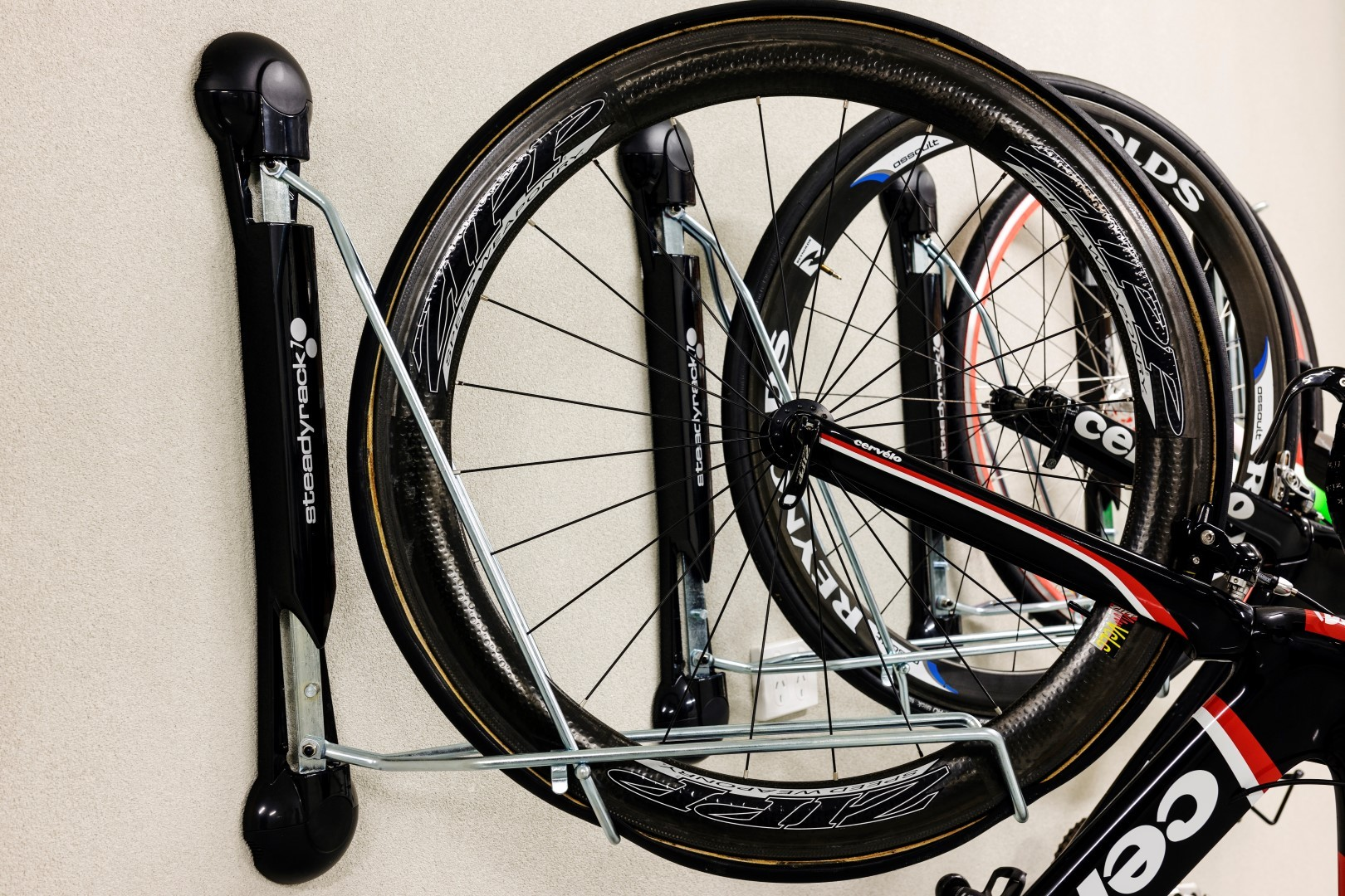SteadyRack – indoor bike rack