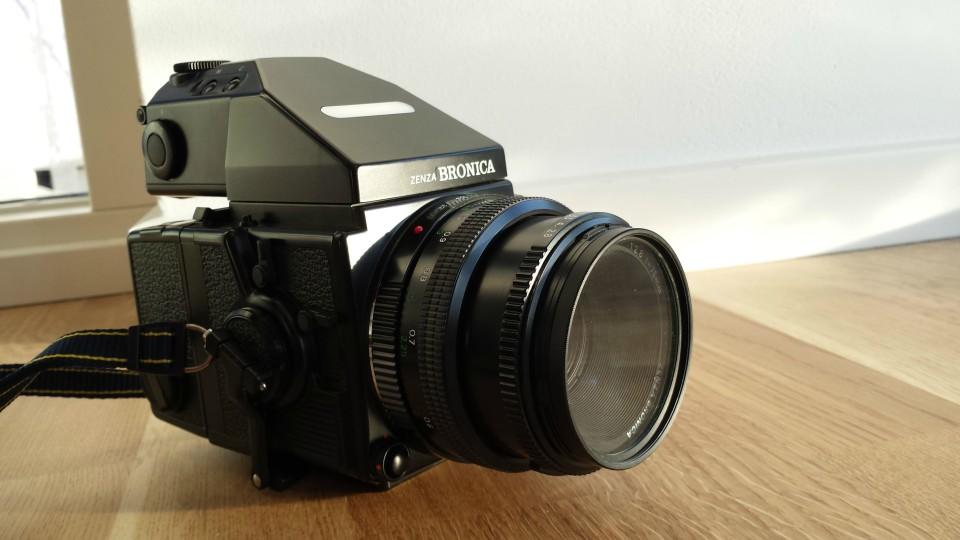 Zenza Bronica ETRSi - vintage camera